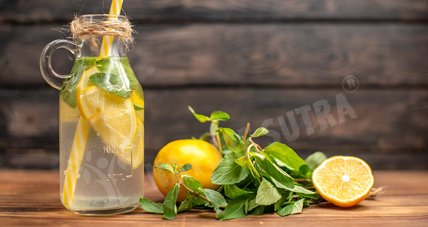 It's Detoxifying To Drink Warm Water With Lemon For Weight Loss